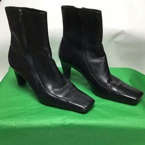 Etienne Aigner E Day Ankle booties